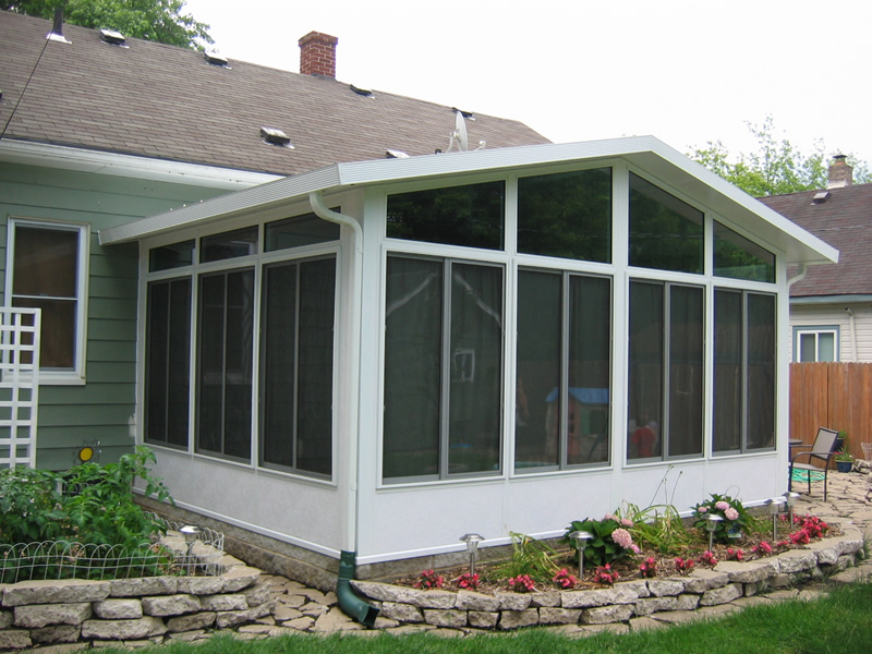 Sunroom projects macomb county sunrooms enclosures and Florida sunroom ideas