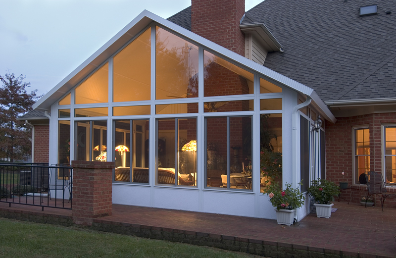 Sunroom projects macomb county sunrooms enclosures and Florida room addition